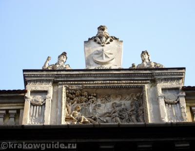 Фасад дворца Водзицких