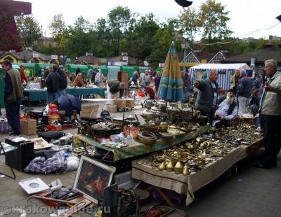 На блошином рынке